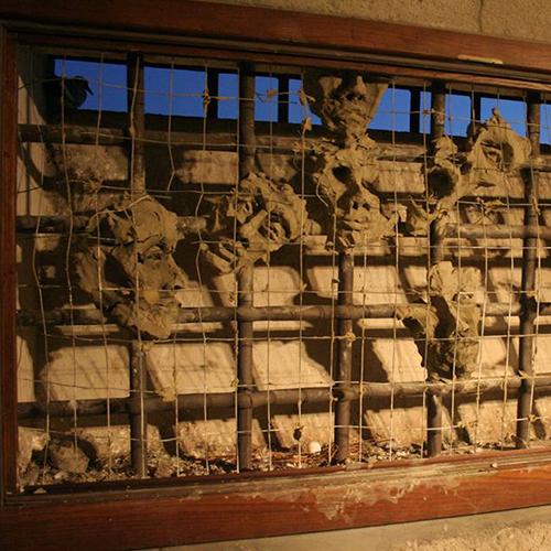 istallazione facce di terra cristiano quagliozzi ex carceri di montefiascone