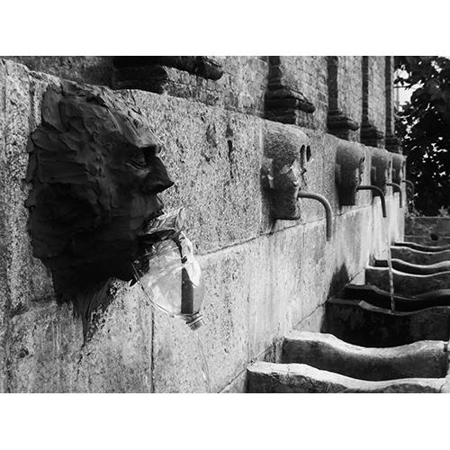 istallazione facce di terra cristiano quagliozzi stallazione facce di terra cristiano quagliozzi Castrovillari Calabria calabbria teatro festival
